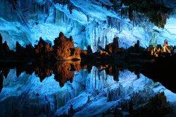 Путешествие под землю - в аду красиво и холодно