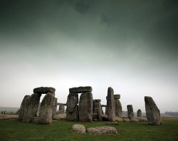 Деньги из воздуха: топ-5 фальшивых исторических памятников